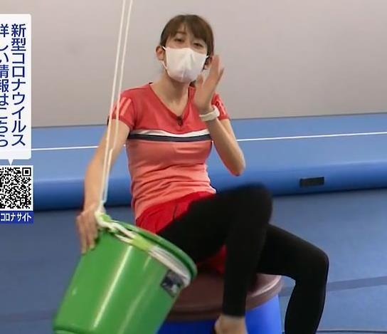 中川安奈アナ 巨乳なのにピチピチなTシャツを着てくれるキャプ・エロ画像7