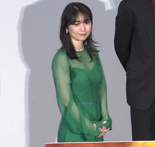 大島優子 乳がエロい衣装キャプ・エロ画像