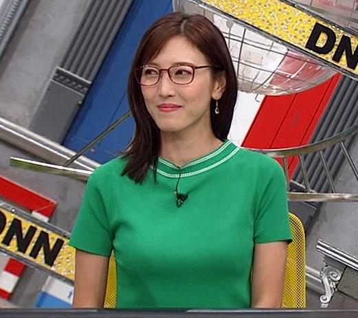 小澤陽子アナ デカい横乳キャプ・エロ画像4