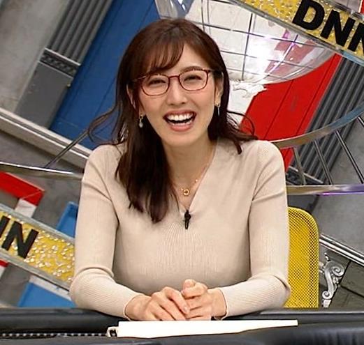 小澤陽子アナ 巨乳ニットの横乳が凄いことに…キャプ・エロ画像8
