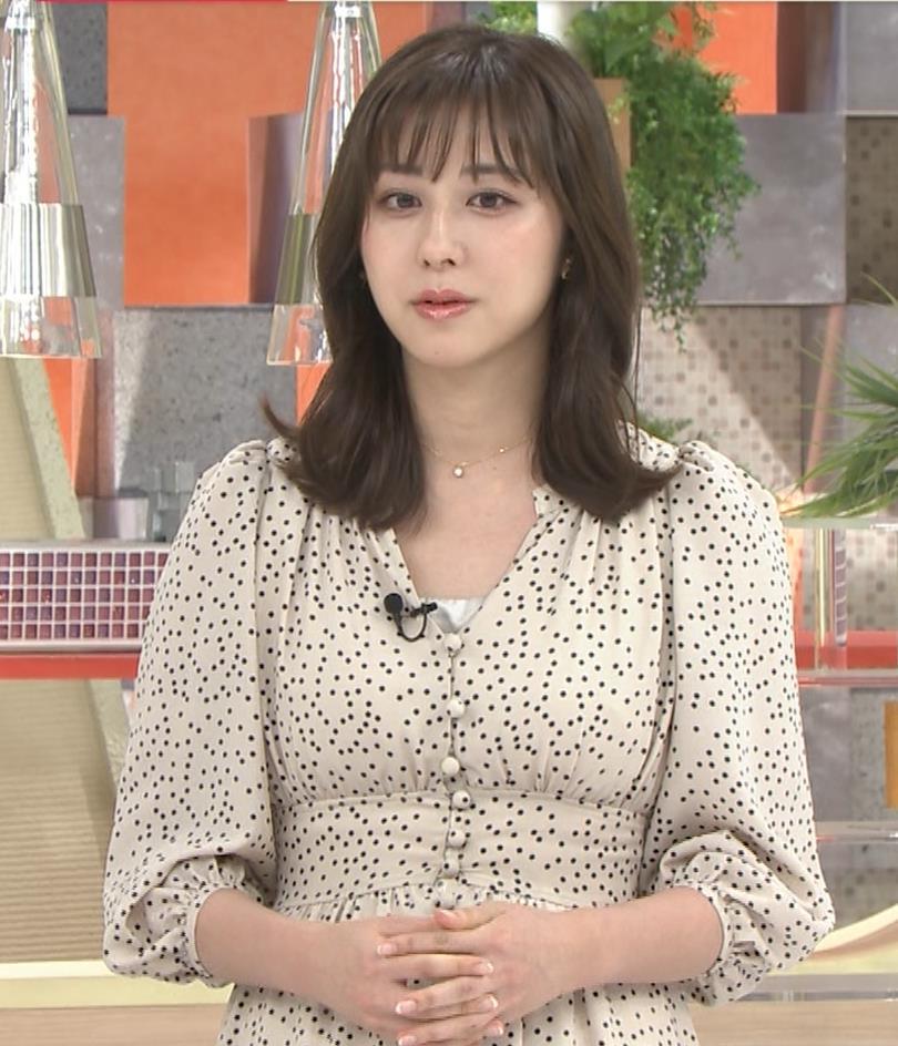 斎藤ちはるアナ コロナから復帰して胸元チラキャプ・エロ画像5