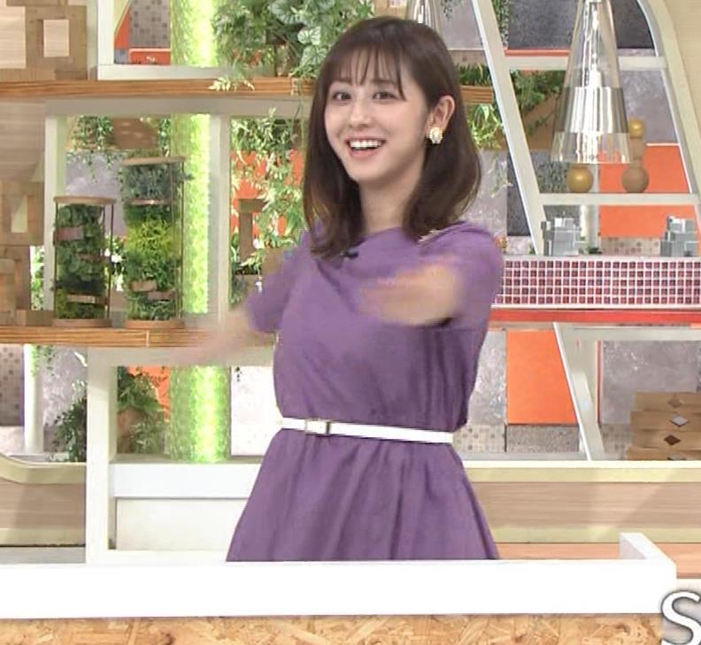 斎藤ちはるアナ ストレッチの横乳キャプ・エロ画像3