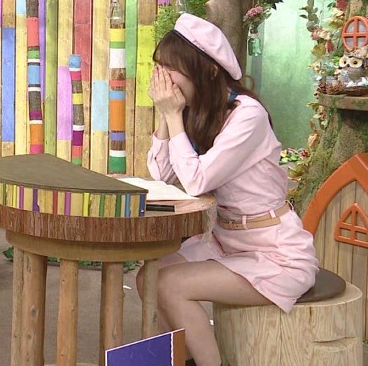 佐藤真知子アナ 生太ももキャプ・エロ画像10