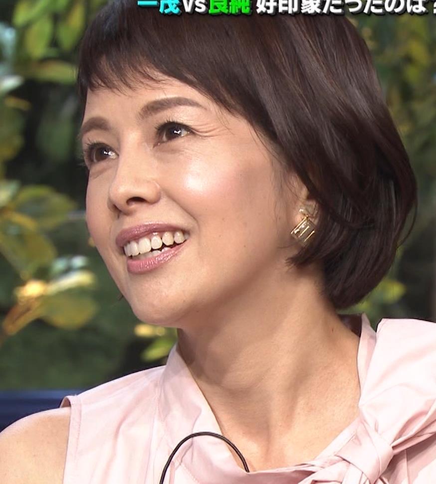 沢口靖子 美人熟女(56歳)キャプ・エロ画像11
