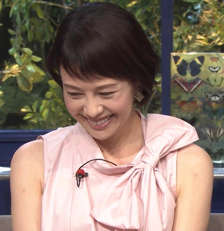 沢口靖子 美人熟女(56歳)キャプ・エロ画像10
