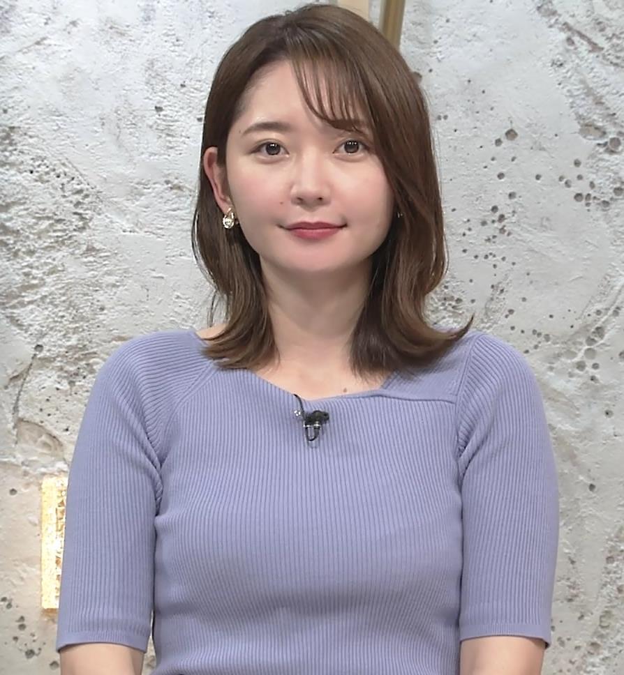 竹崎由佳アナ お辞儀のニットおっぱい♡がエロいキャプ・エロ画像