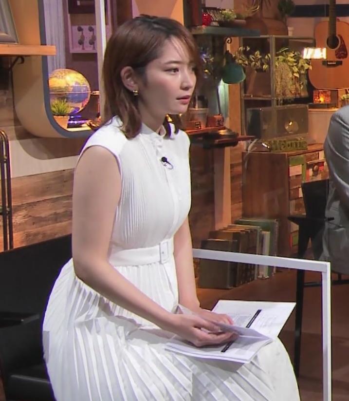 竹崎由佳アナ ちょっとむっちりノースリーブキャプ・エロ画像9