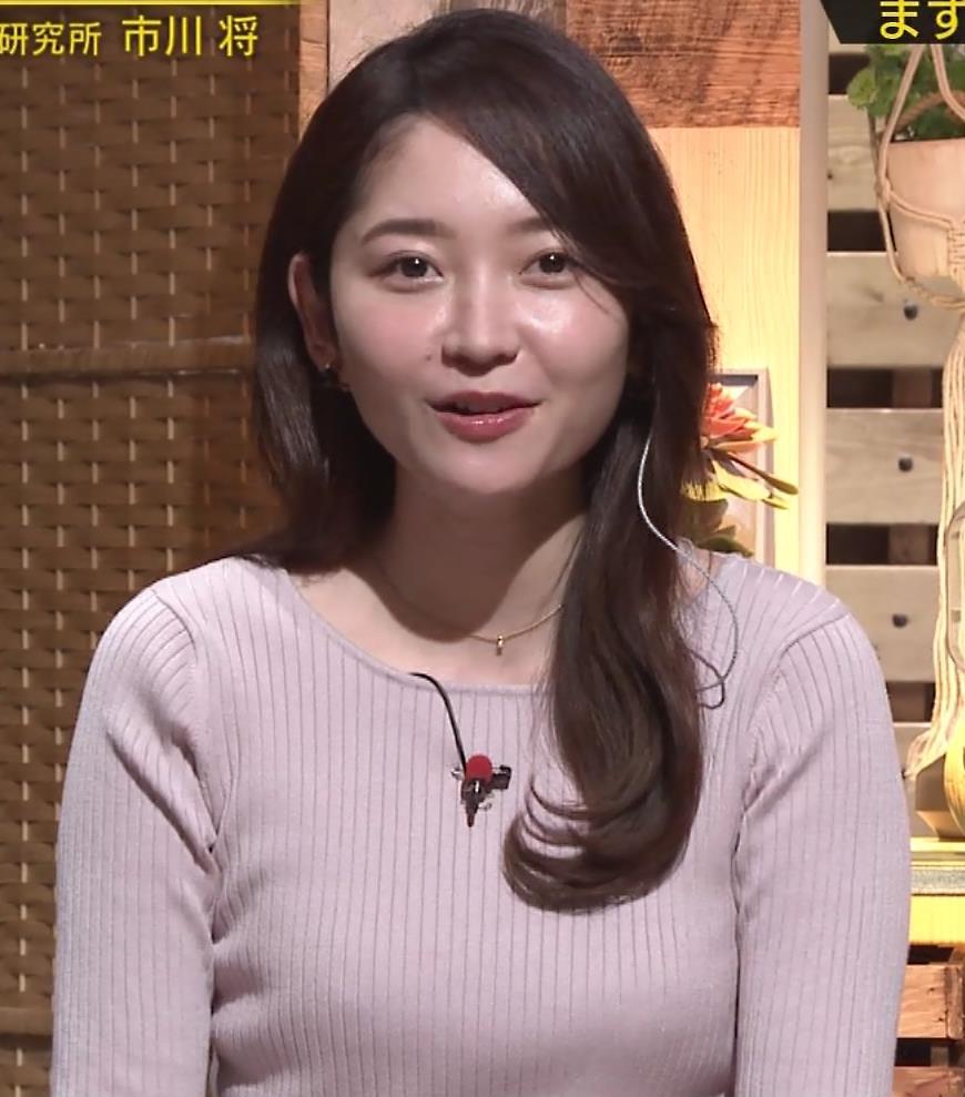 竹﨑由佳アナ ニットおっぱいキャプ・エロ画像3