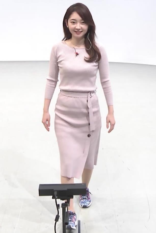 竹﨑由佳アナ ニットおっぱいキャプ・エロ画像4