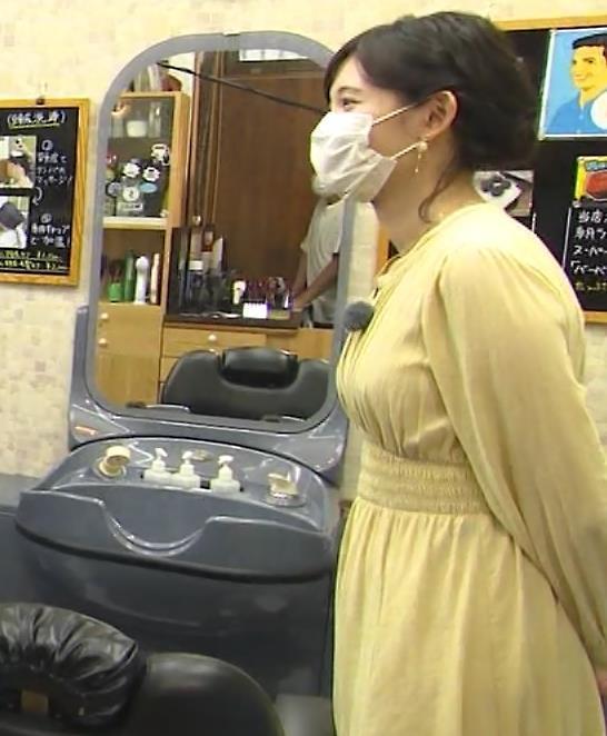 田中瞳アナ ワンピースの横乳キャプ・エロ画像9