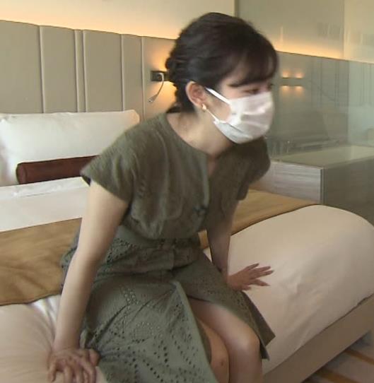 田中瞳アナ スカートから太もも露出!キャプ・エロ画像5