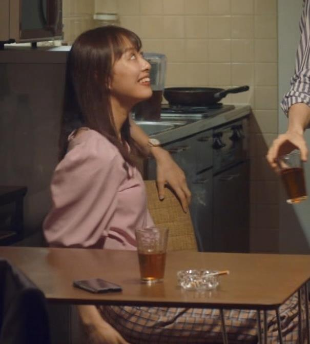 内田理央 エロドラマのシーズン2もエロかった①キャプ・エロ画像15