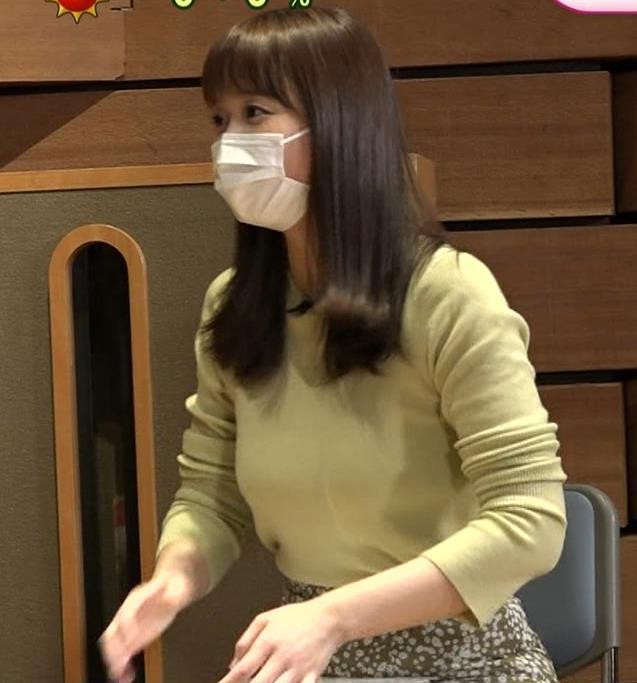渡辺渚アナ 巨乳ニットでセクシーポーズキャプ・エロ画像4