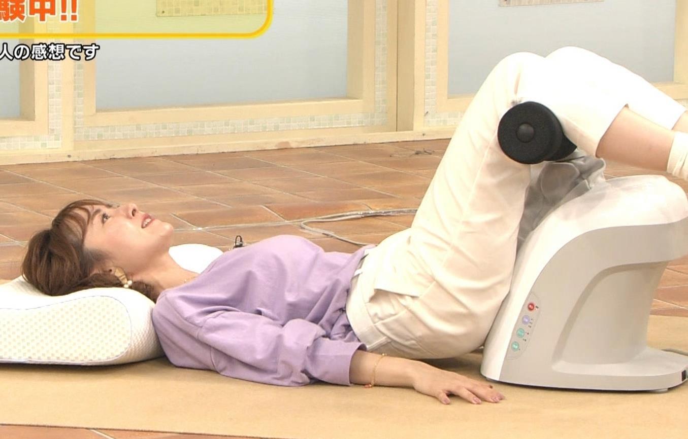 山川恵里佳 通販番組で正常位してるキャプ・エロ画像12