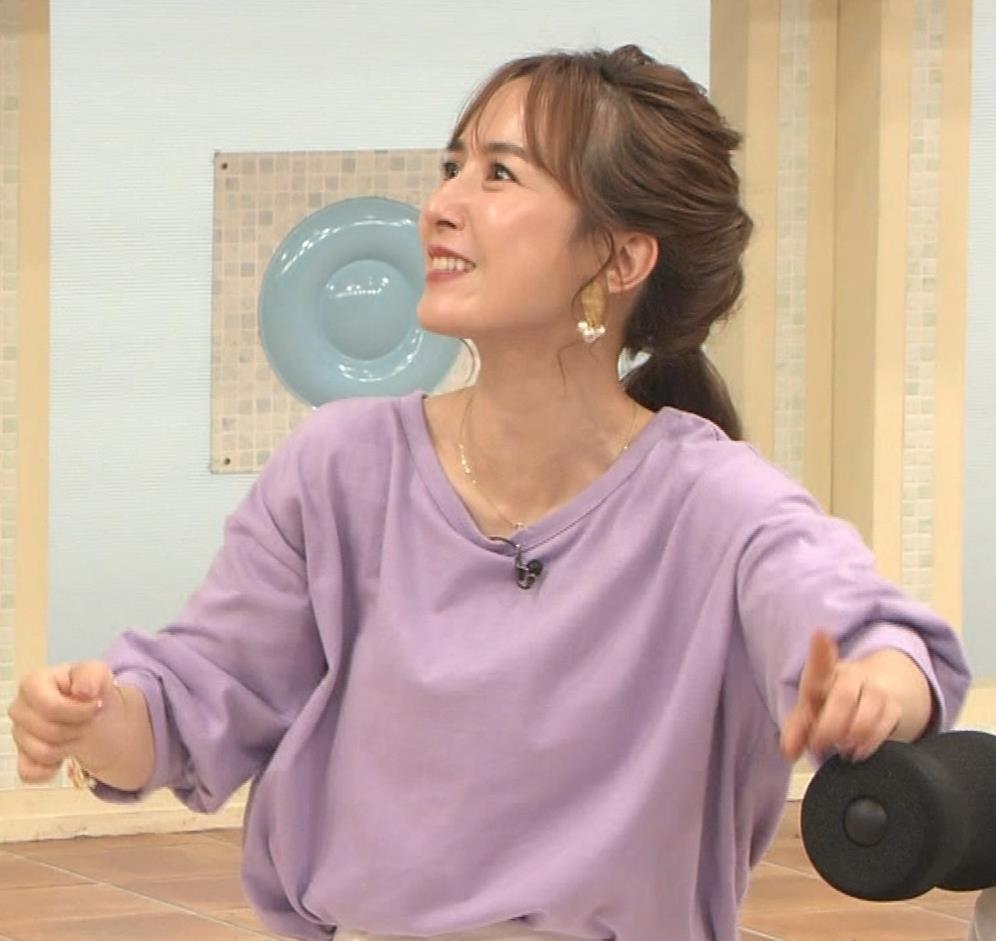 山川恵里佳 通販番組で正常位してるキャプ・エロ画像13