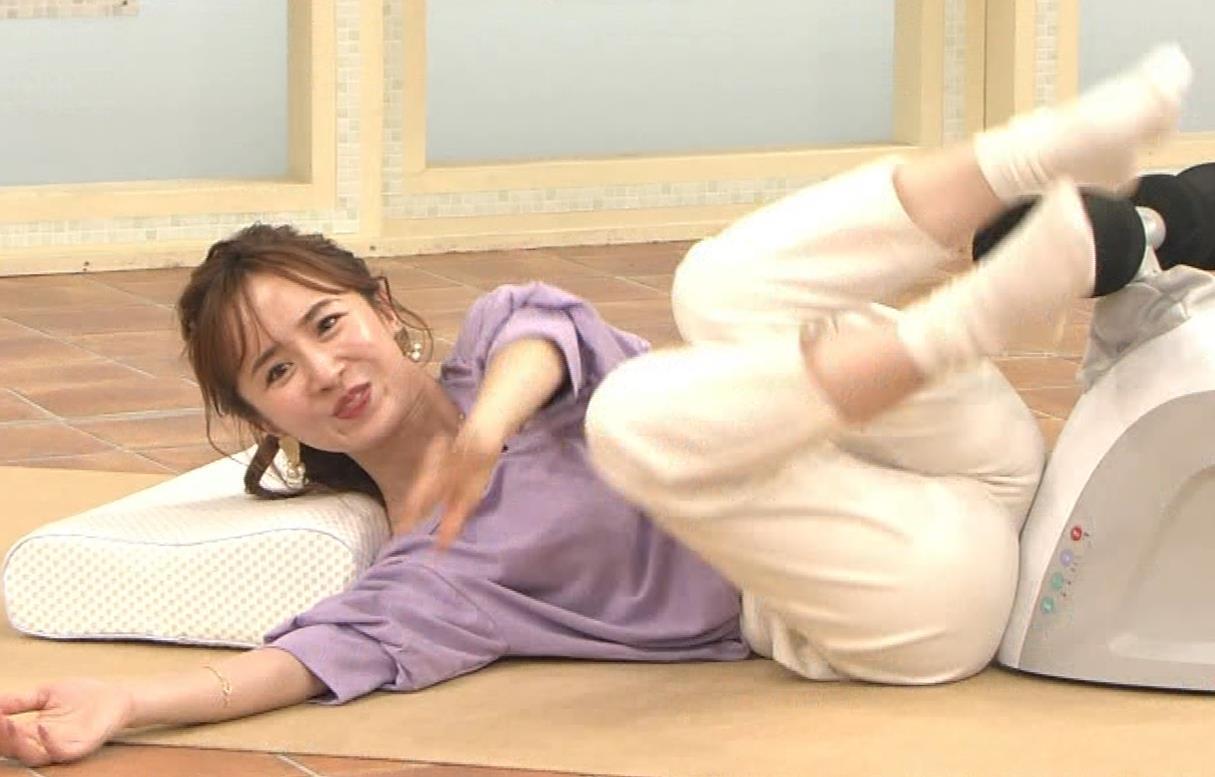 山川恵里佳 通販番組で正常位してるキャプ・エロ画像6