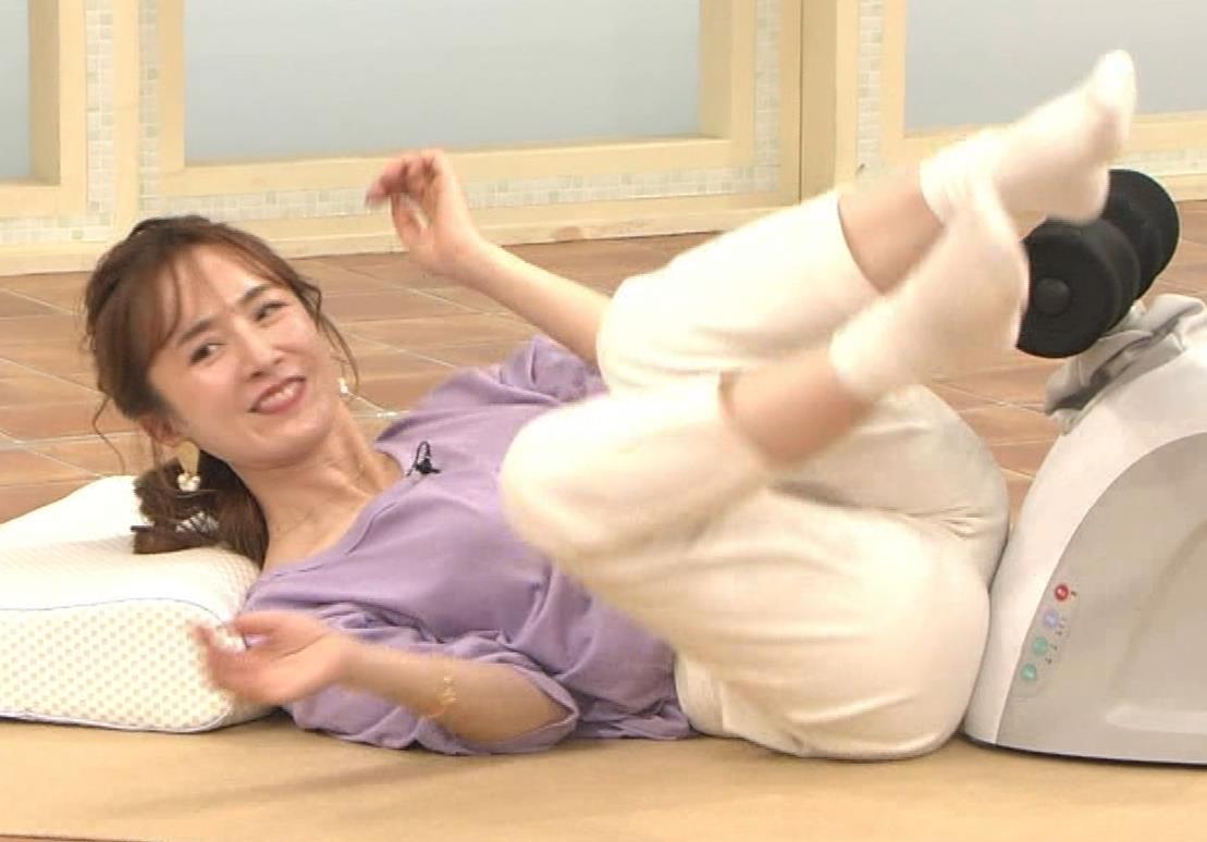 山川恵里佳 通販番組で正常位してるキャプ・エロ画像7