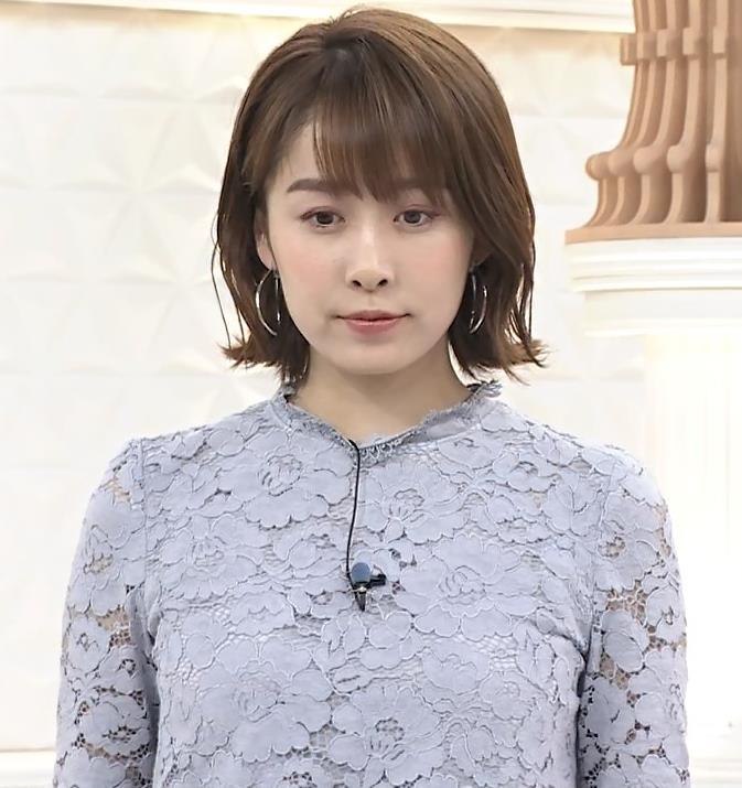 良原安美アナ 一応透けた衣装キャプ・エロ画像4