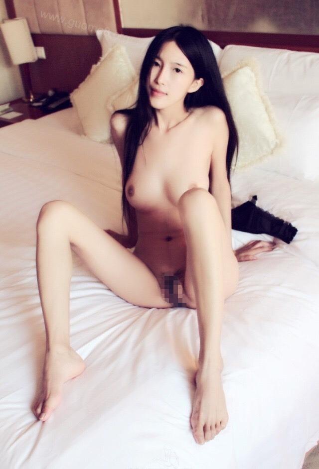 黒髪美女モデルのおま○こくぱぁヌード画像 2