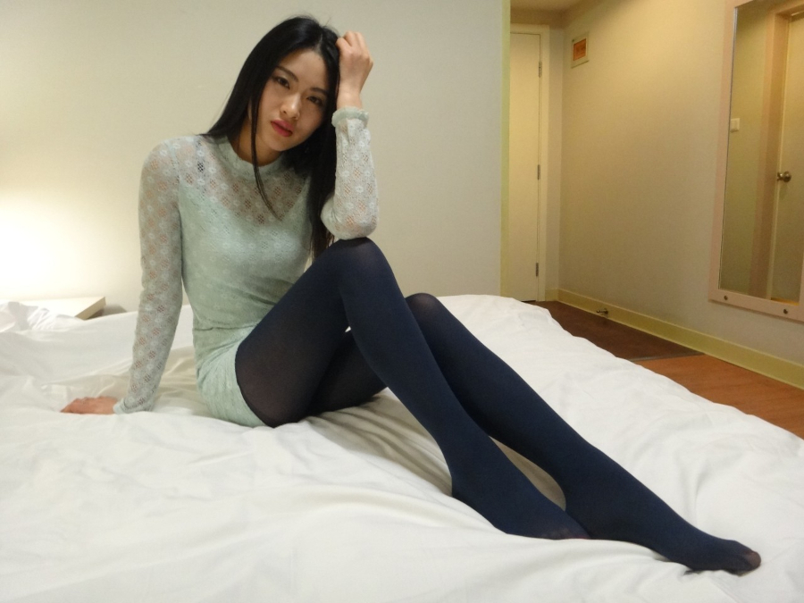 黒髪美女モデルを個人撮影したヌード&マ○コ画像 3