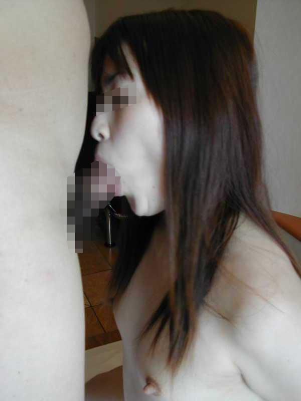 ちっぱい美人なセフレのヌード画像 6