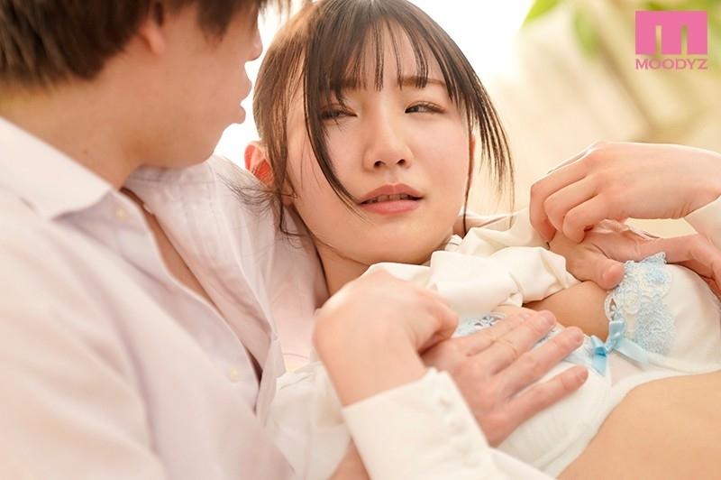 ニーハオ、新人元国民的台湾ハーフ美少女イクイクAVデビュー!! 伊東める 1