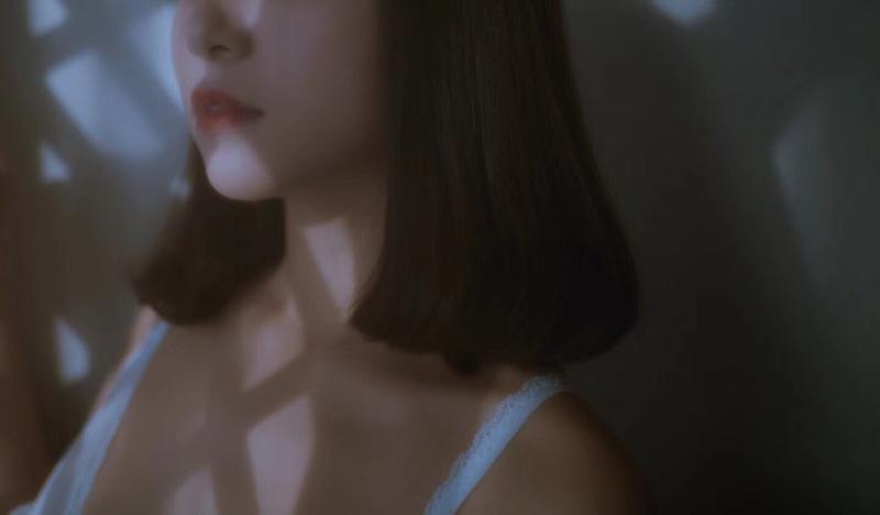 美女をモデルにヌード撮影 4