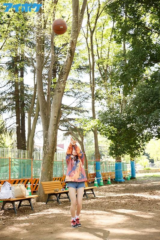 「青春終わらないで」 部活と恋愛に学生生活を捧げた18歳のちょっぴりクールなバスケ美少女AVデビュー 葵爽 4