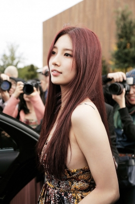 bae-suzy-030525 (1)