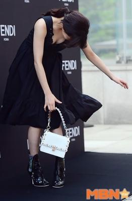 bae-suzy-030525 (9)