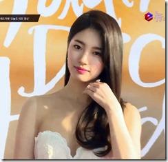bae-suzy-030522 (7)