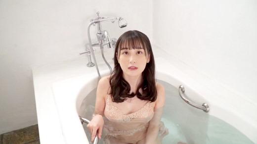 岬愛奈 66