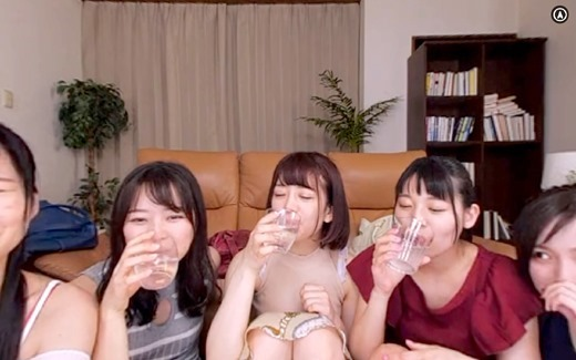 VRサークル宅飲み 16