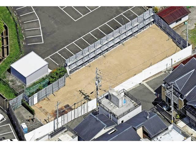 【画像】京アニスタジオ跡地が真っ平らになる。ここに何を作るべきなの?