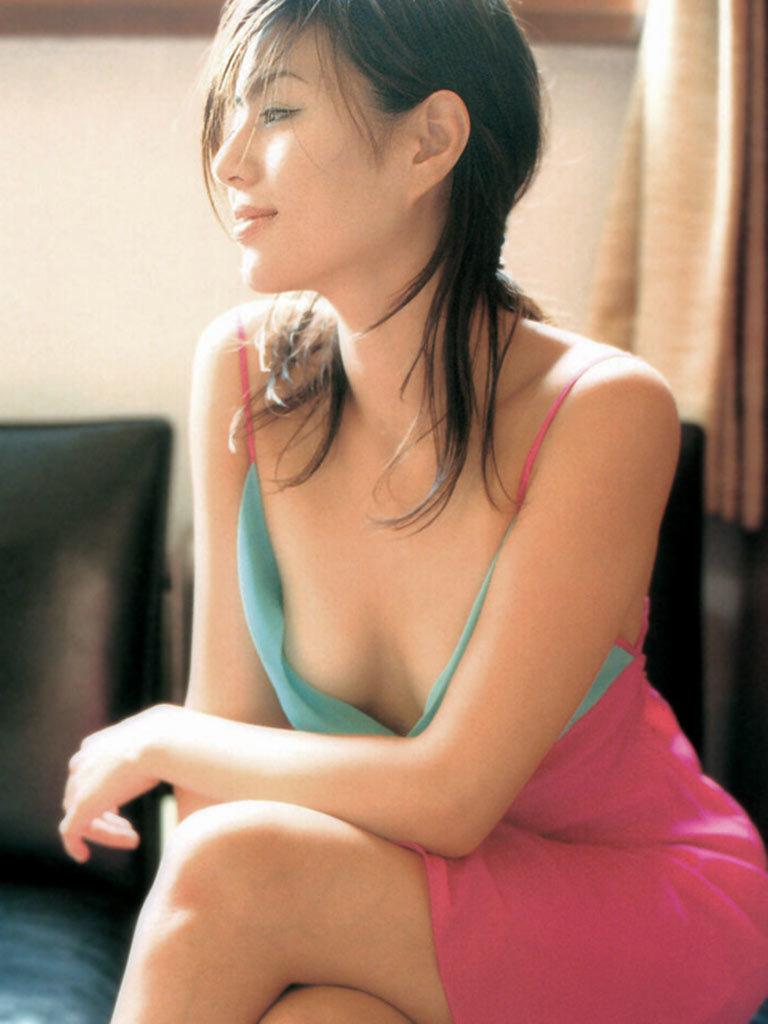井川遥68