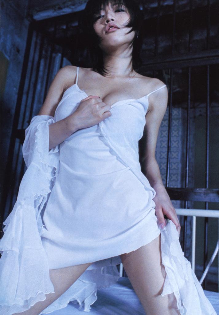 釈由美子34