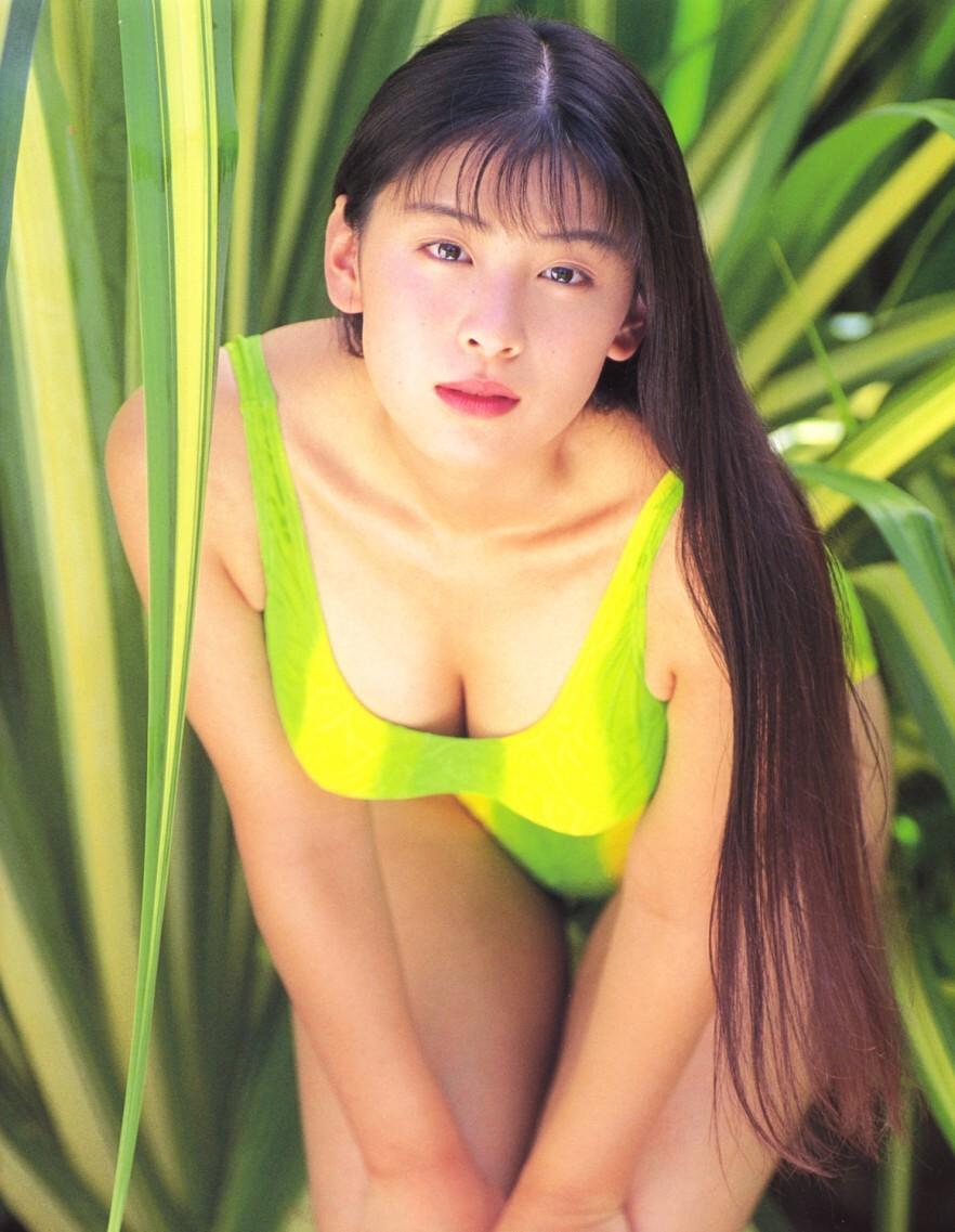 雛形あきこ35