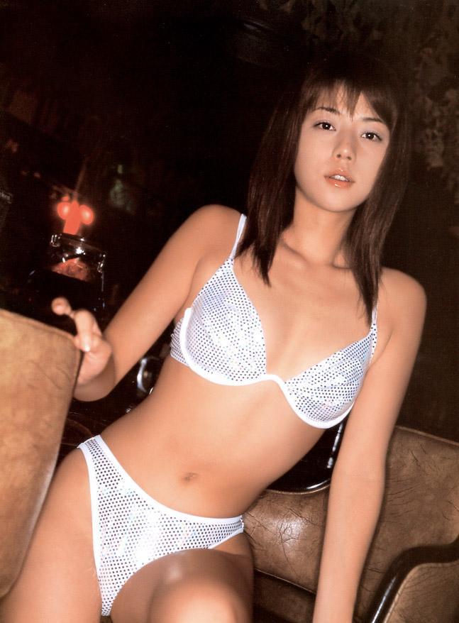 吉岡美穂64