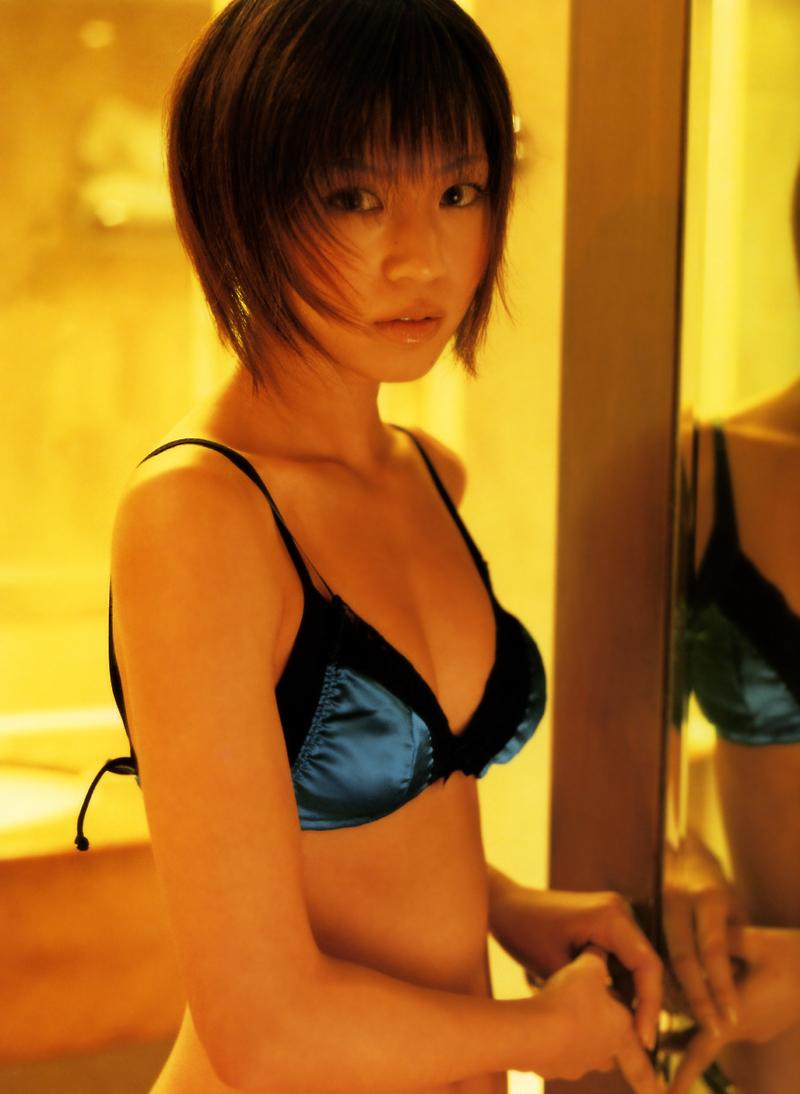 安田美沙子60