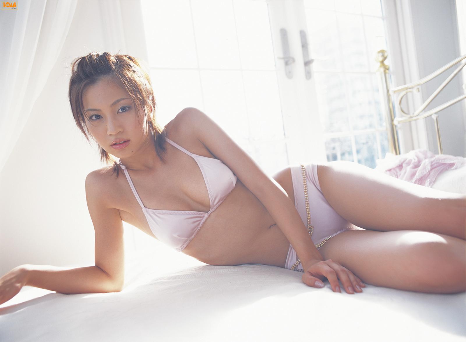 安田美沙子66