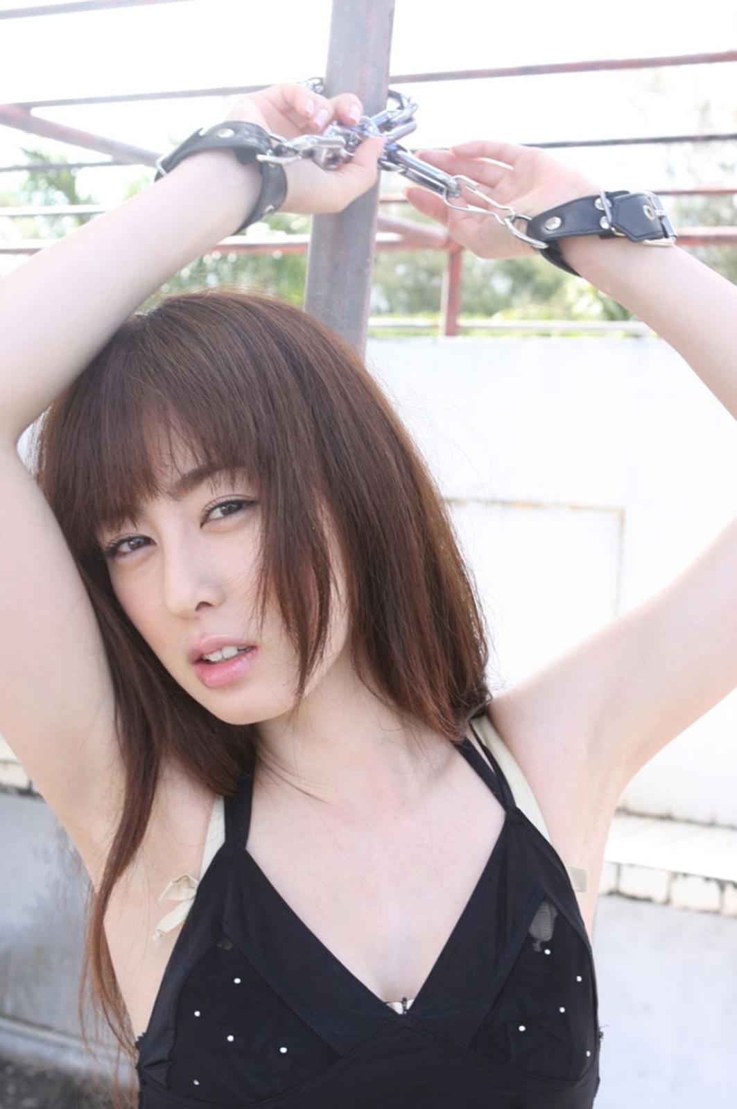 秋山莉奈9