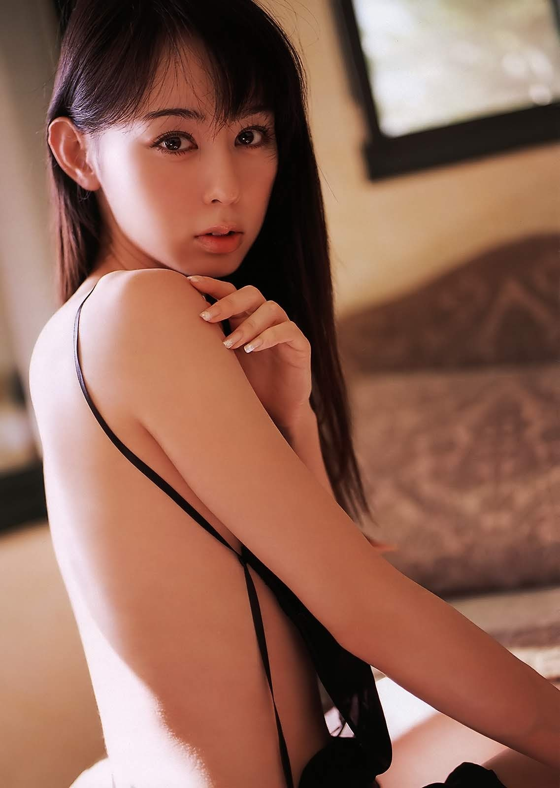 秋山莉奈80