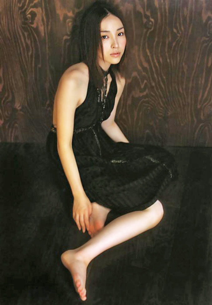麻生久美子30