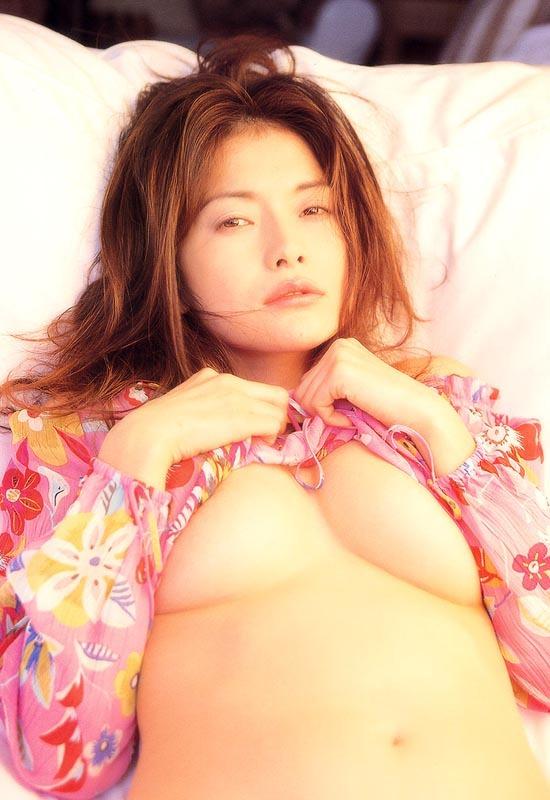 青田典子5