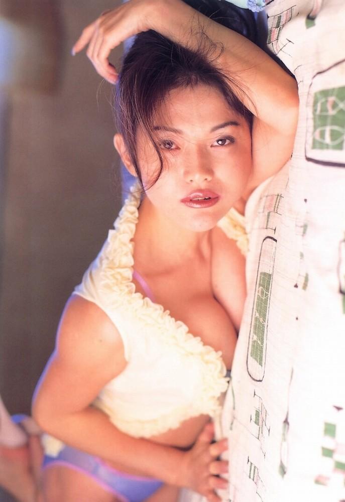青田典子50