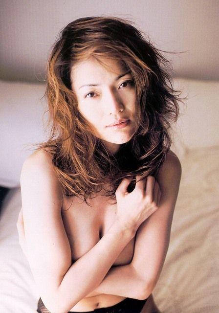 青田典子53