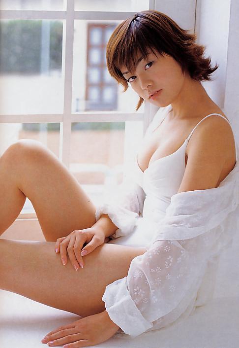 藤本綾60