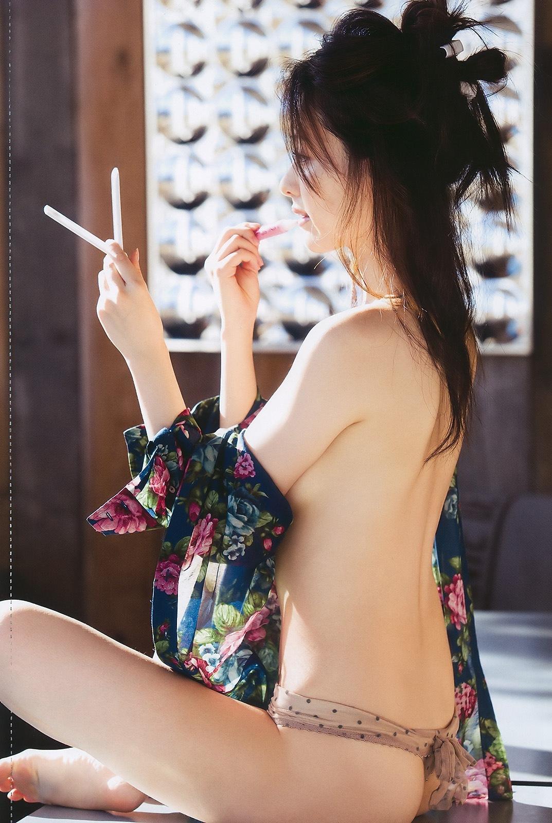 瀬戸早妃49