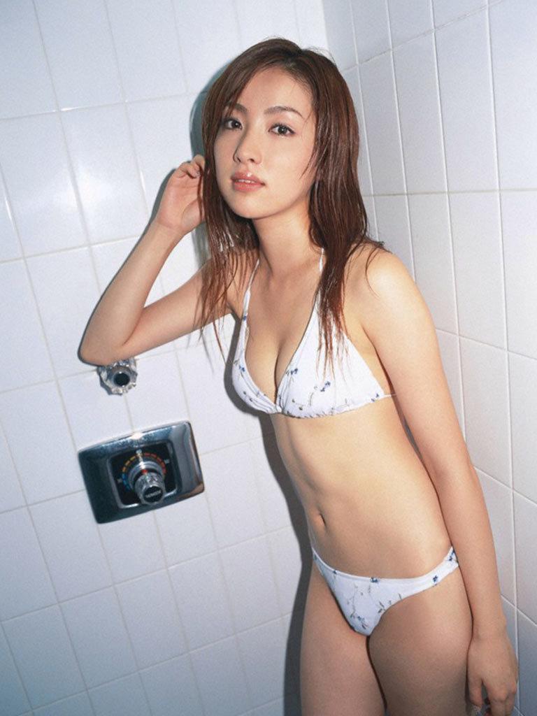 瀬戸早妃85