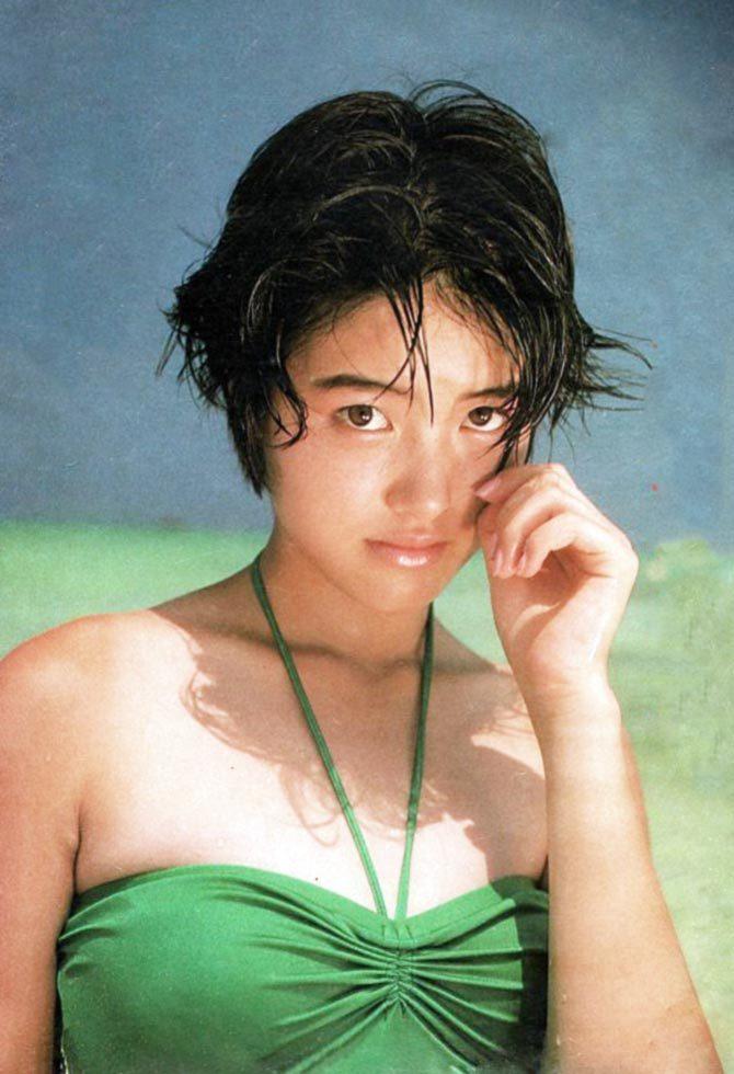 荻野目洋子22
